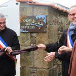 Les deux maires dévoilent la plaque
