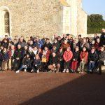 photo de groupe devant le prieuré